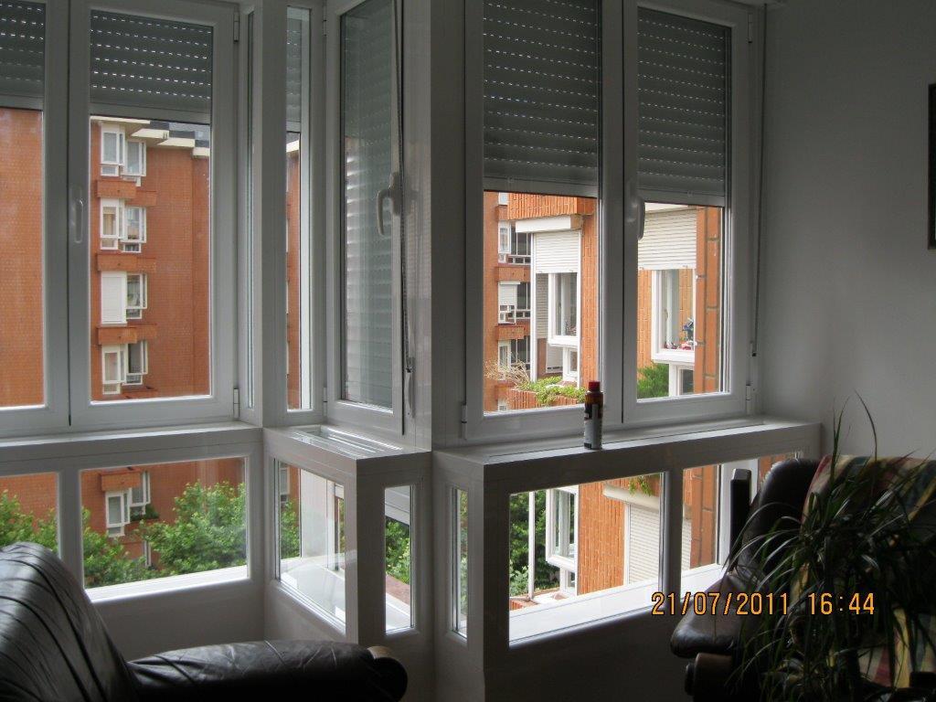 Terraza y ventana en aluminio cortizo en el centro de vitoria gasteiz carpinteria de aluminio - Ventanas rotura puente termico ...